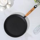 Сковорода блинная 22 см, с деревянной ручкой - Фото 2