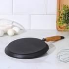 Сковорода блинная 22 см, с деревянной ручкой - Фото 3