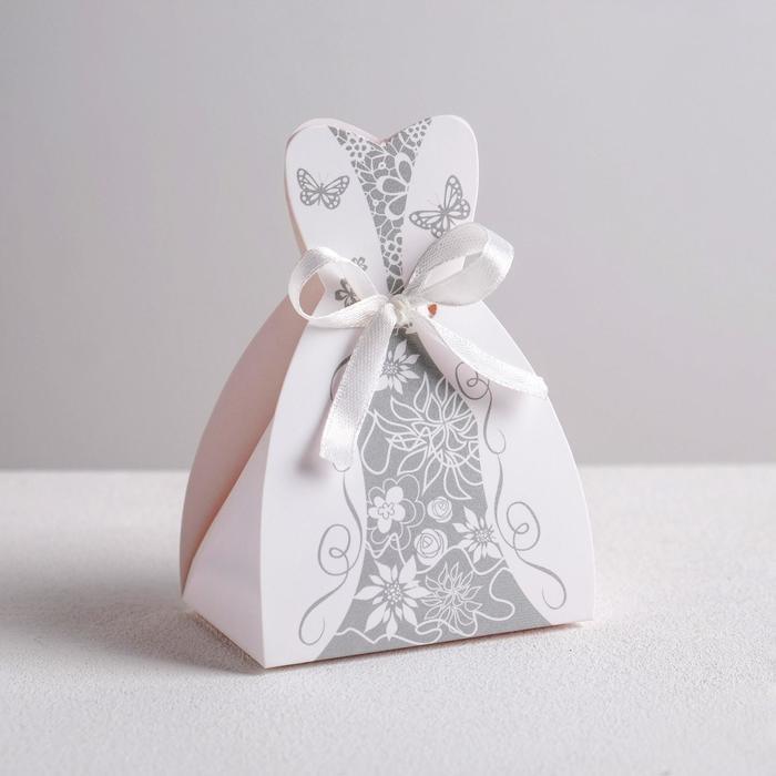 Бонбоньерка свадебная «Платье невесты», 6.6 × 9.6 см