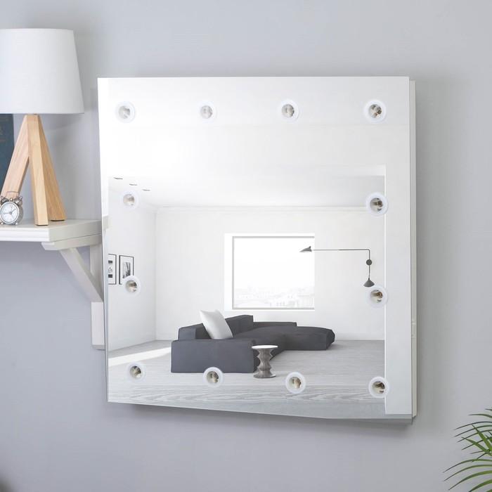 Фото #1: Зеркало, гримерное, настенное, 12 лампочек, 60×60 cм