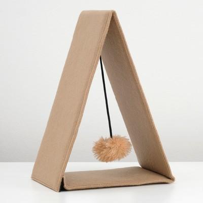 Треугольная складная когтеточка-домик из ковролина с игрушкой, 34 х 16 х 28,5 см микс цветов - Фото 1