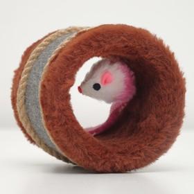 Игрушка-когтеточка с мышкой, джут и ковролин, 10 х 10 см микс цветов Ош