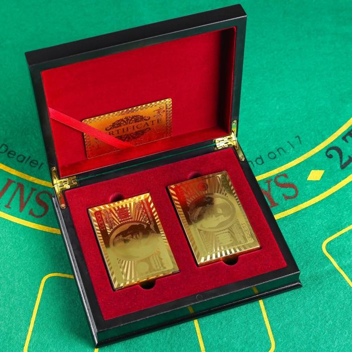 Карты игральные пластик Золотая коллекция, 2 колоды по 54 шт, 30 мкр 8.8х5.7 см