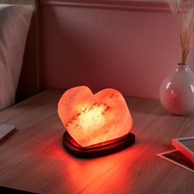 Соляная лампа 'Сердце алое', цельный кристалл, 13 см Ош