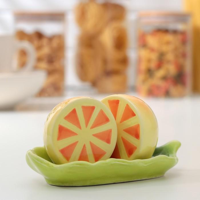 Набор для специй «Лимон», 2 предмета: солонка и перечница, на подставке