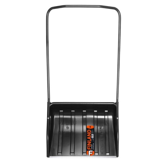 Движок пластиковый, размер ковша 70 × 54 см, с металлической планкой