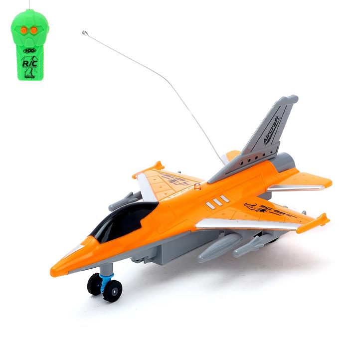 """Самолет радиоуправляемый """"Истребитель"""", световые эффекты, работает от батареек МИКС"""