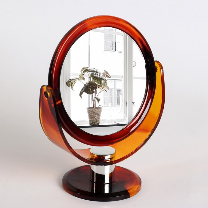 Зеркало настольное, двустороннее, с увеличением, d зеркальной поверхности 10 см, цвет «янтарный»