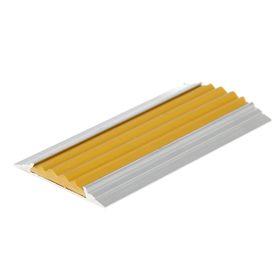 Полоса противоскользящая алюминиевая 46 мм, с желтой резиновой вставкой, длина 1,35 м. Ош