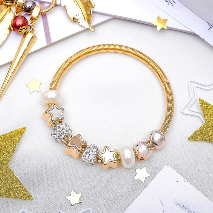 """Браслет жемчуг """"Марджери"""" звёзды, цвет белый в золоте, d=6,5 см"""