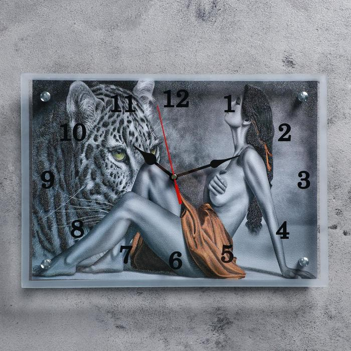 """Часы настенные прямоугольные """"Девушка и леопард"""", 25х35 см"""