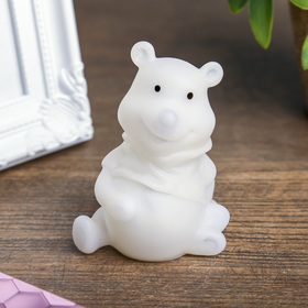 Световой сувенир 'Мишка с бантиком' светится разными цветами 7х5х5 см Ош