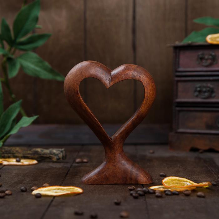 Сувенир дерево Сердце коричневый 15х11х3 см