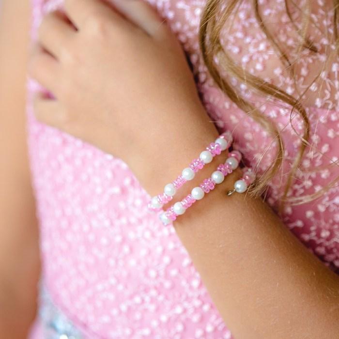 """Браслет-пружинка детский """"Выбражулька"""" цветочки хрустальные, цвет бело-розовый"""