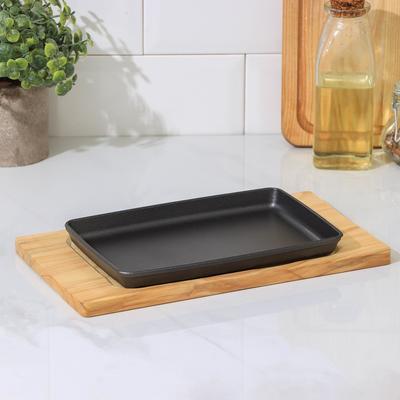 Сковорода «Прямоугольник», 21,5×14×2 см, на деревянной подставке - Фото 1