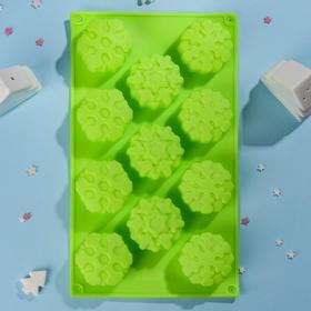 Форма для выпечки Доляна «Снежинка», 30×17,5 см, 11 ячеек, цвет МИКС