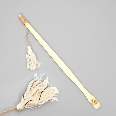 Дразнилка на деревянной ручке с кисточкой, 35 см - Фото 1