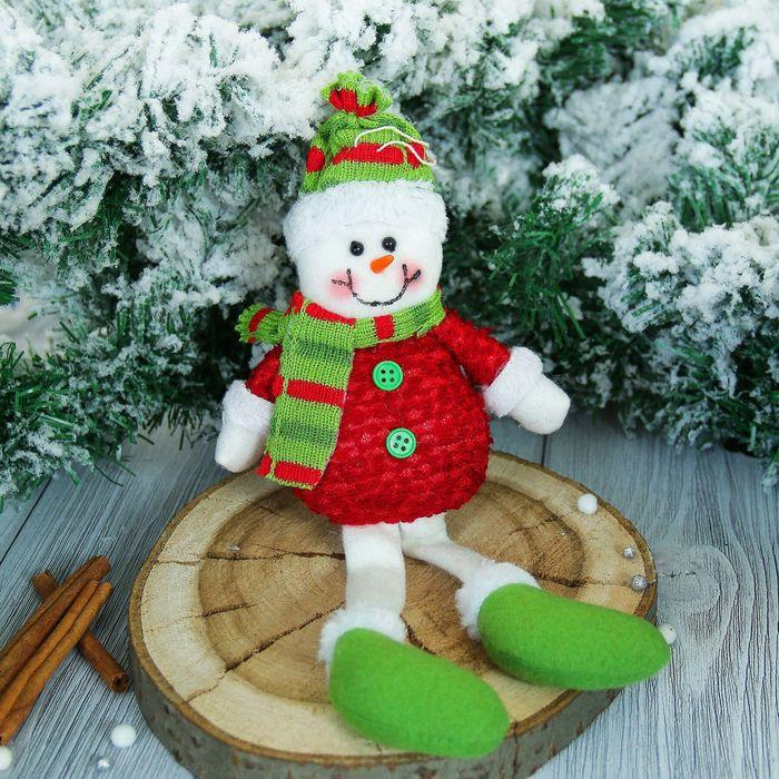 """Мягкая игрушка """"Снеговик"""" в красной кофте 8*25 см"""