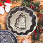 Форма для выпечки Доляна «Дед мороз. Волнистый круг», 25×4 см, антипригарное покрытие - Фото 5