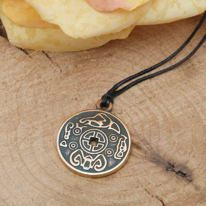 """Амулет """"Монета счастья"""" приносящая удачу в жизни, дружбе и любви , длина 45см"""