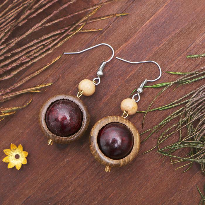 """Серьги ручная работа, деревянные """"Глазки мелкие"""", цвет коричневый"""