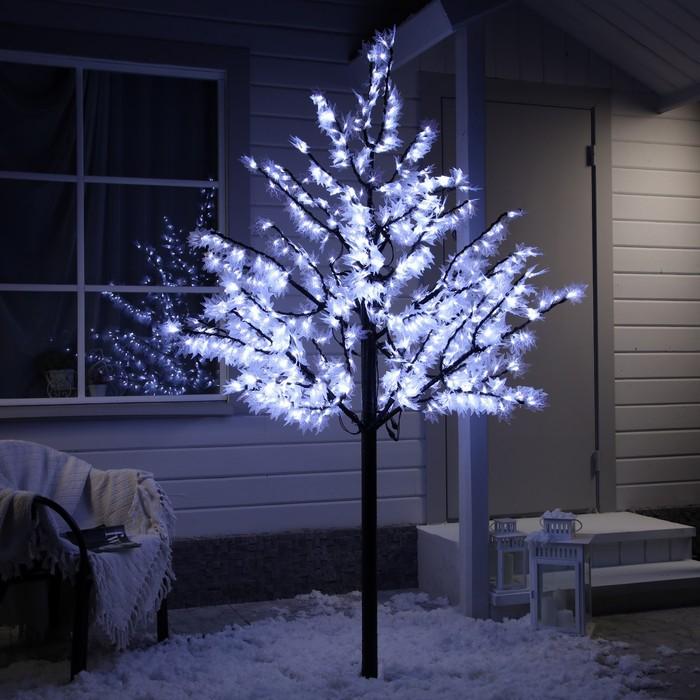 Дерево светодиодное улич 2 м Клён 900Led, 54W, 220V Белый