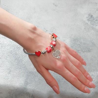 """Браслет """"Марджери"""" на нити, дерево в сердце, L=18 см, цвет красный в серебре"""