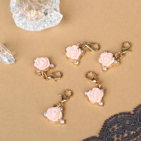 Шармик 'Цветок' роза, цвет бело-розовый в золоте Ош