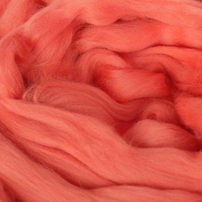 Гребенная лента 100% тонкая мериносовая шерсть 100гр (0131, багряный)