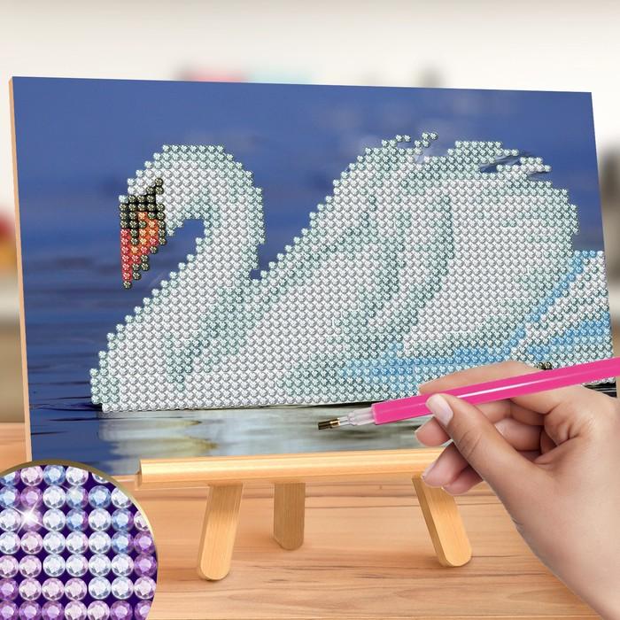 "Алмазная вышивка на подставке ""Лебедь"", 13 х 19 см"