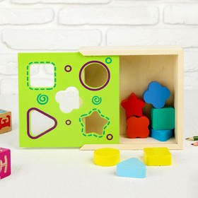 Сортер «Ящик с фигурами», 8 деталей: 4 × 4 см