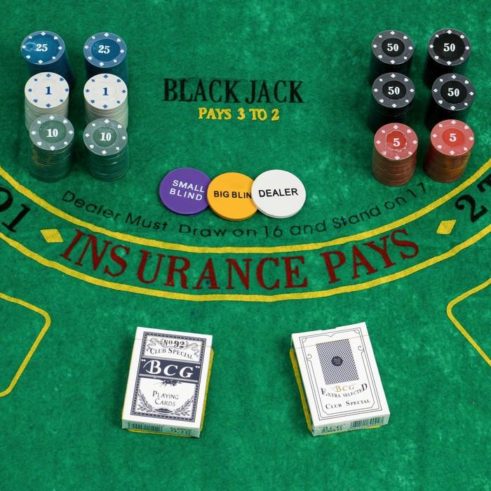 Покер, набор для игры карты 2 колоды, фишки 240 шт, сукно 60х90 см, микс