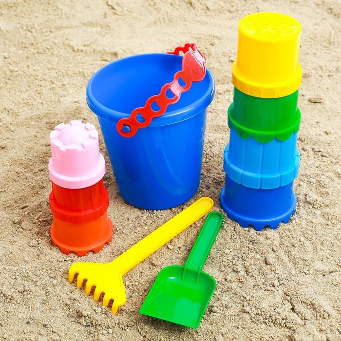 Набор  для игры в песке №3 (Ведёрко+ 7 формочек,1 грабельки ,1 лопатка)