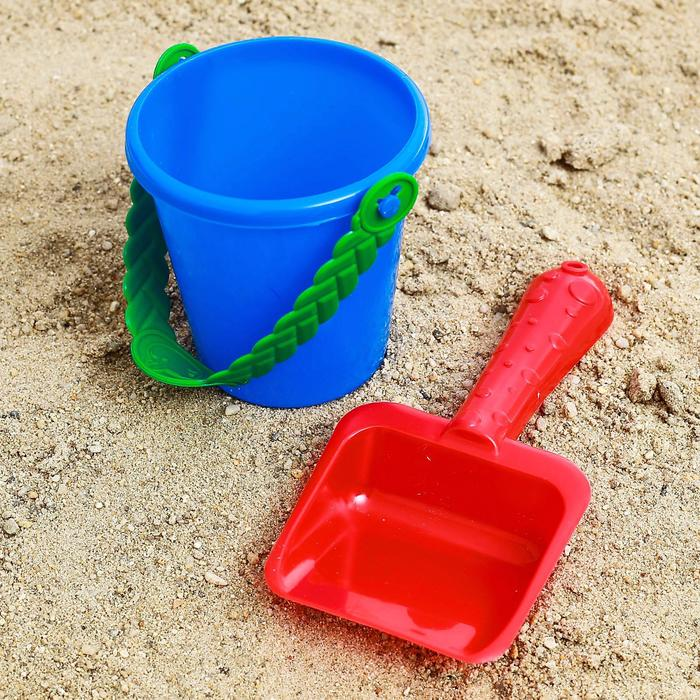 Набор  для игры в песке №32   ( Ведёрко+ лопатка)