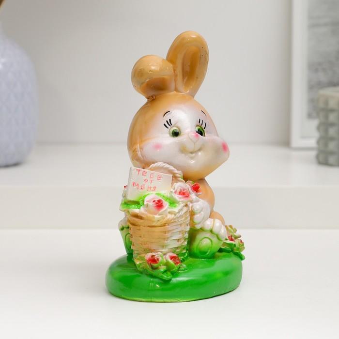 """Копилка """"Кролик с корзиной роз"""" 17см"""