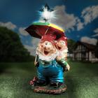 """Садовая фигура """"Гномы под зонтом"""", с фонарём микс, 57 см"""