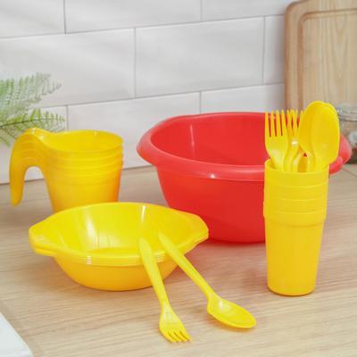 Набор посуды «Праздничный»: 4 стакана, 4 кружки, 4 тарелки, миска 3,5 л, 4 вилки, 4 ложки, цвет МИКС - Фото 1