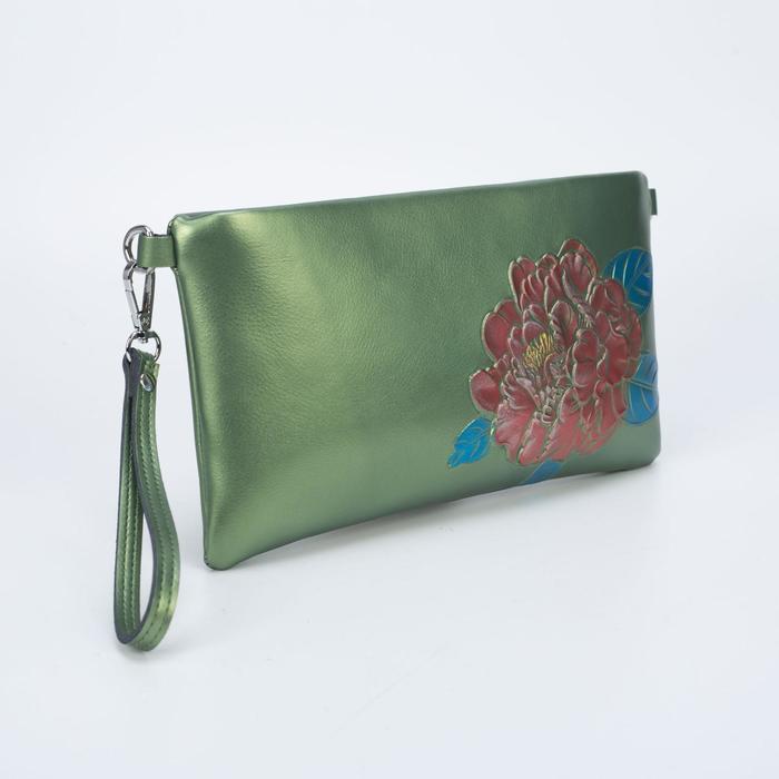 Клатч женский, отдел на молнии, наружный карман, с ручкой, длинный ремень, цвет зелёный