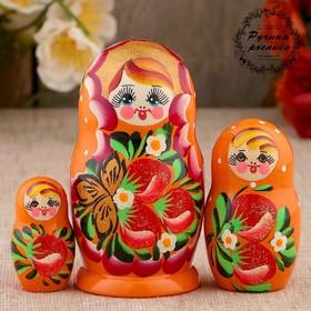 Матрёшка «Земляничка», оранжевое платье, 3 кукольная, 10-12 см
