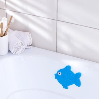Мини-коврик для ванны Доляна «Рыбка», 11×13,5 см, цвет синий - Фото 1