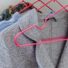 Вешалка-плечики для одежды Доляна, размер 40-44, антискользящее покрытие, цвет розовый - Фото 4