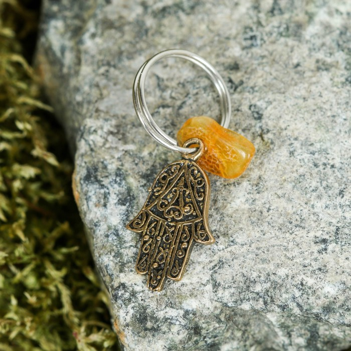 Брелок-талисман Хамса, натуральный янтарь