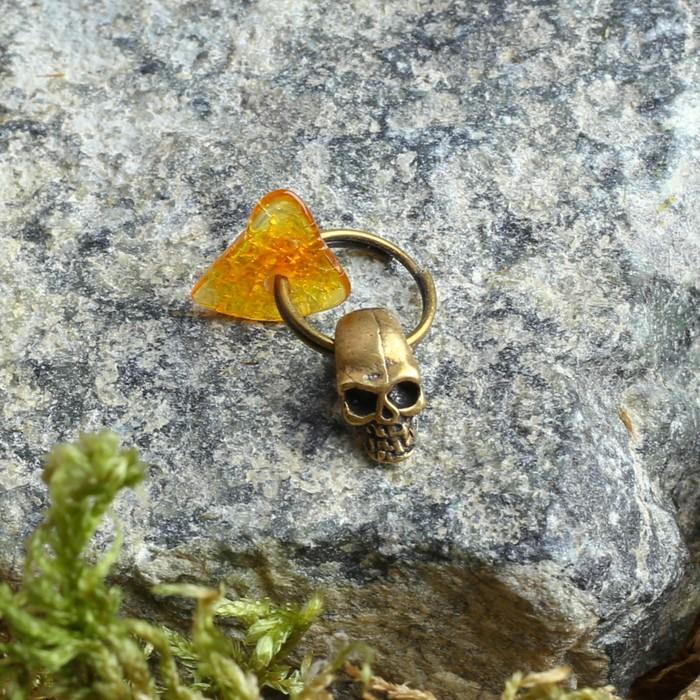 Брелок-талисман Череп, натуральный янтарь