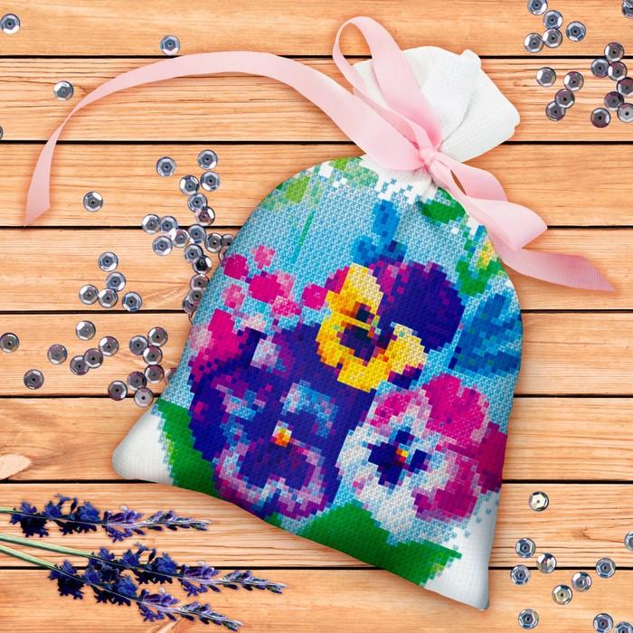Вышивка крестиком на мешочке «Цветы». Набор для творчества