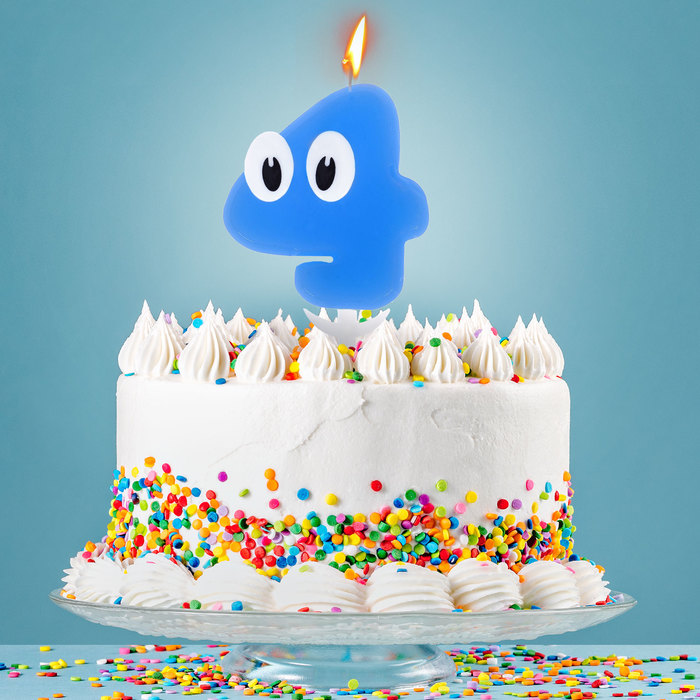 Свеча в торт цифра 4 С днем рождения, малыш