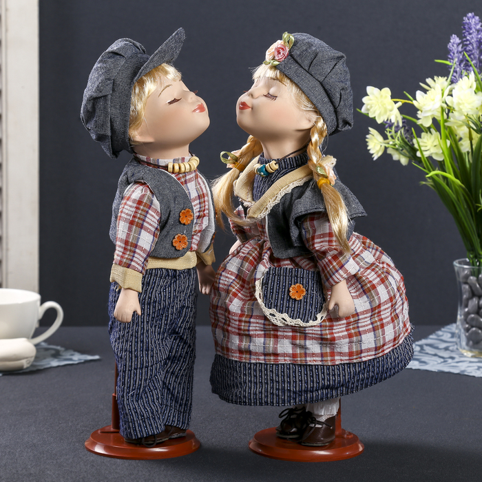 люди куклы поцелуйчики фото устала