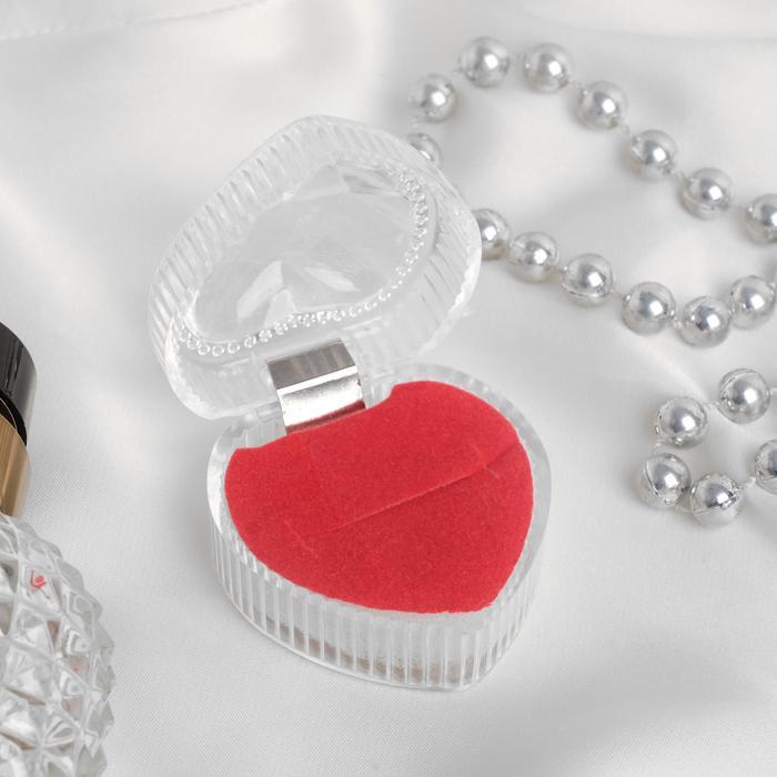 """Коробочка подарочная под кольцо """"Сердце"""", 4*4, цвет прозрачный, вставка красная"""