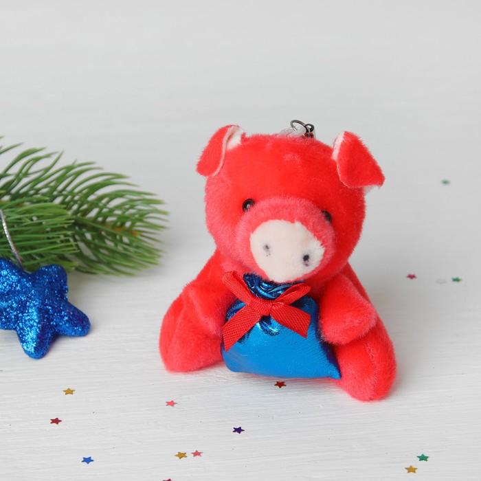 Подвеска Свинка, в лапках подарок, цвета МИКС