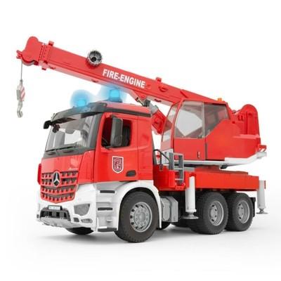 Машинка MB Arocs «Пожарная машина-автокран», со световыми и звуковыми эффектами, и модулем