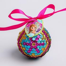 """Новогодний ёлочный шар """"Прекрасная фея"""" феи ВИНКС:Флора с пайетками"""